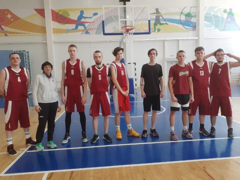 участники первенства по баскетболу, март 2021 г.